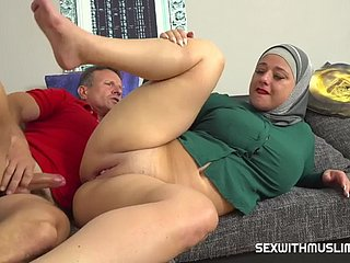 Muslim wife tries a cock cigarette