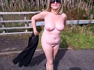 nude in public - flashing traffic