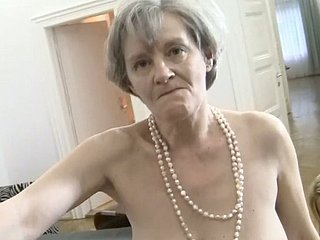 Slutty granny Zora White sucks dick together with their way show one's age
